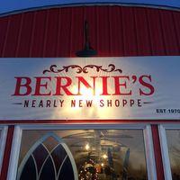 Bernie's Nearly New Shoppe logo