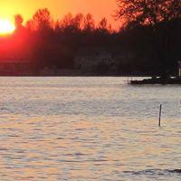 Mississippi Lake RV Resort logo