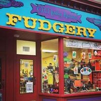 O'Mally Kourt Fudgery logo