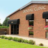 Days Road Dental logo